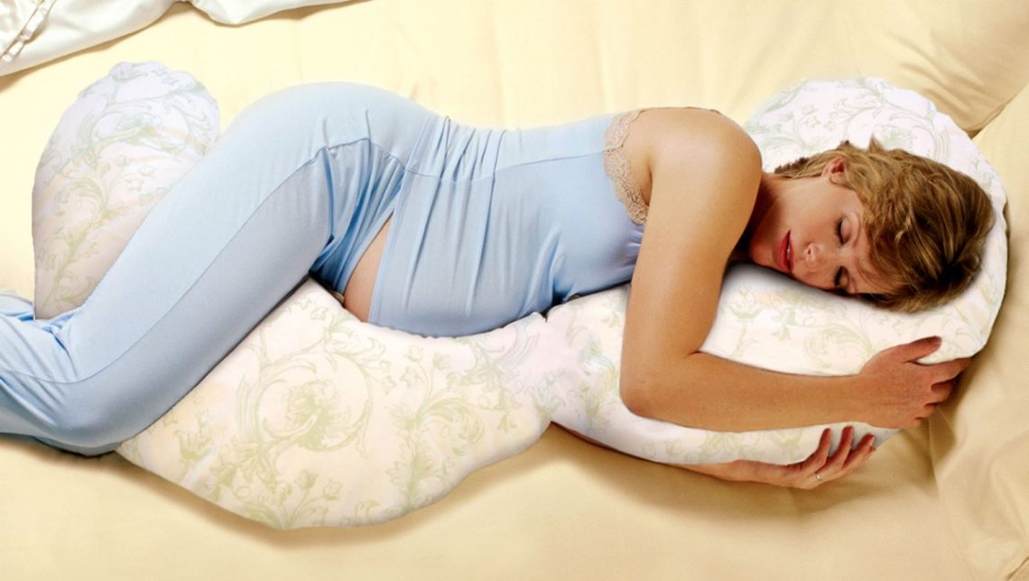 روش صحیح خوابیدن در زمان بارداری